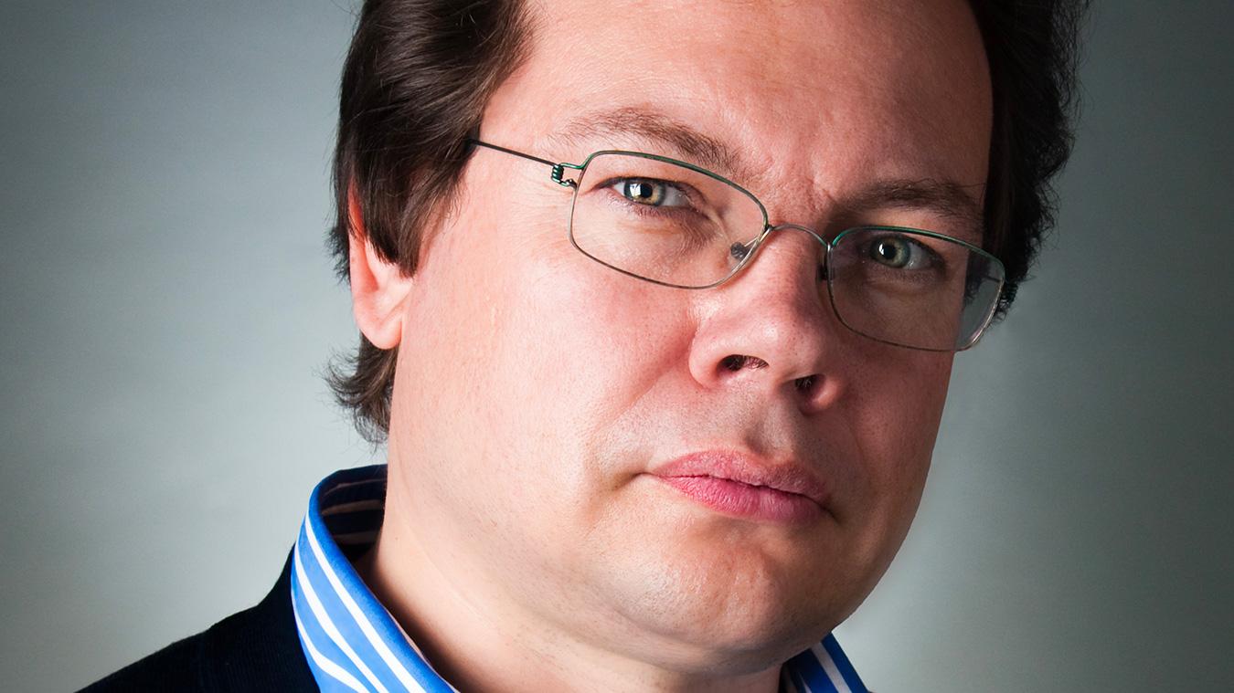 Alexander-Vedernikov_photo-Marco-Borgrreve_Full-image-complet2
