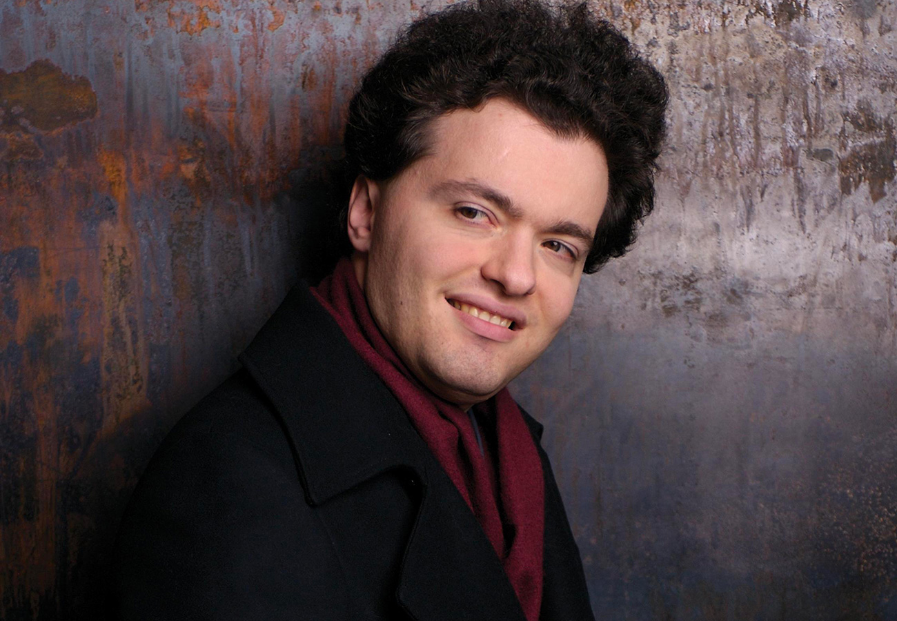 Evgeny-Kissin-photo-S-Gusov-production-vignette