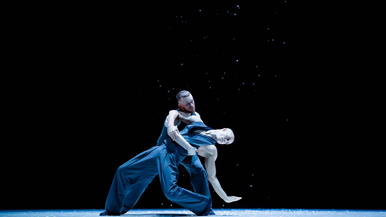 BJM-Dance-me-Leonard-Cohen-photo-thierry-dubois-cosmos-images